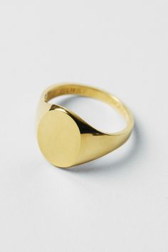 Signet Ring – A Kind of Guise