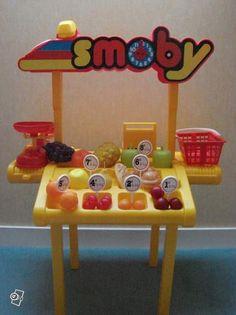 """Les trentenaires d'aujourd'hui jouaient enfants à la marchande avec Smoby. / """"Marchande"""" Smoby."""
