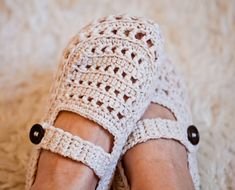 Instant download - Crochet PATTERN (pdf file) - Ladies Milky Slippers