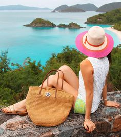 Classy Girls Wear Pearls: Touristas