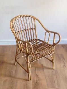 Vintage-wicker-chair