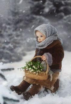 Most Beautiful Child, Beautiful Children, Snow Photography, Children Photography, Bebi Photo, Toddler Photos, Precious Children, Winter Pictures, Winter Kids