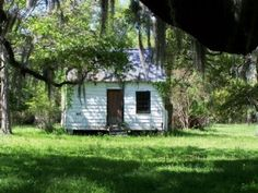 Magnolia Plantation  — 1676 — Slave Quarters