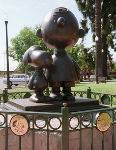 snoopy statues in st paul | Snoopy Statue