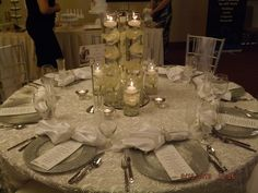 White and Silver Wedding Reception table #Weddingreception #silvertabledecor #elegantweddingtable