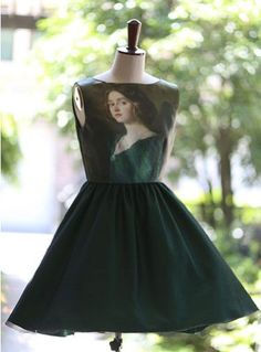 2 colors to choose FineArt Collection Vintage Traditional Mid-age oil painting style court chic dark green or red dress