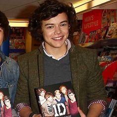 Les 25 hommes les plus sexy au monde : Numéro 18: l'un des membres du groupe One Direction, Harry Styles.