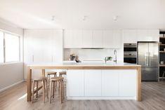 Do you need kitchen decor tips? Kitchen Nook, Kitchen Cabinetry, New Kitchen, Kitchen Dining, Kitchen Decor, Kitchen Layout, Custom Kitchens, Home Kitchens, Kitchen Ideas Australia