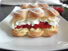Czech Recipes, Food Humor, Yams, Confectionery, Baked Goods, Sweet Recipes, Waffles, Cheesecake, Deserts