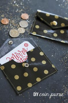 DIY coin purse - could make for gift cards or would be a sweet student gift (add name and maybe and ice cream ticket?).