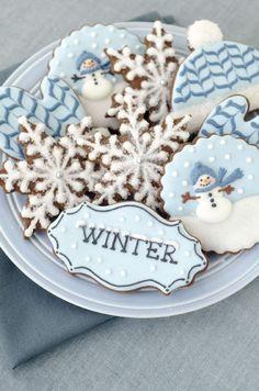 Christmas Sugar Cookies, Christmas Sweets, Noel Christmas, Holiday Cookies, Holiday Treats, Christmas Baking, Winter Christmas, Thanksgiving Holiday, Fancy Cookies
