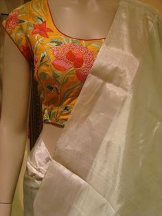 Kerala Saree Blouse Designs, Saree Blouse Neck Designs, Fancy Blouse Designs, Bridal Blouse Designs, Stylish Blouse Design, Designer Blouse Patterns, Sarees, Contrast, Traditional