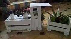 Trenino porta vasi per cortile o giardino