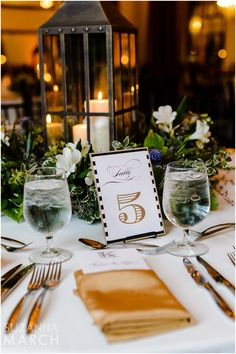 Suzanna March Photography #AldenCastle #ModernVintage #Wedding #Centerpieces #Lanterns #TableNumbers
