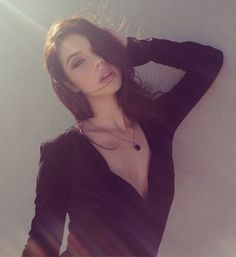 """Adelaide Kane Is Insanely Sexy (10/10)   You probably know Adelaide Kane best from either """"Teen Wolf,"""" where she played the character named Cora, or """"Reign,"""" where she currently portrays a fictionalized version of Mary, Queen of Scots, on The CW."""