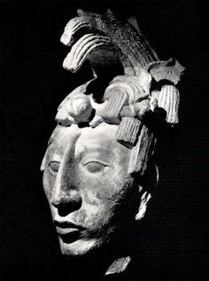 tête art aztèque