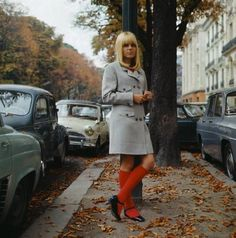 French chanteuse France Gall