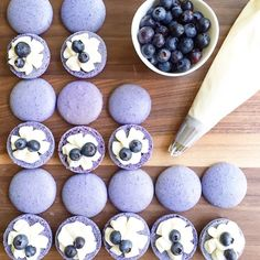 "1,143 Likes, 17 Comments - @macaronslady on Instagram: ""Blueberry cheesecake macarons by @listentothefoodalready #macaronslady #blueberry #cheesecake…"""