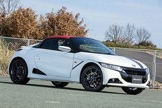 """PHOTO 107: Car: HONDA: S660: 写真で見る ホンダ「S660(プロトタイプ)」 - Car Watch HONDA """"S660 (Prototype)"""" In Photos - Car Watch (http://car.watch.impress.co.jp/docs/news/photo/20150326_694590.html) HONDA S660 Prototype has been unveiled to the media in the before a commercial version formal announcement. There are 3 types, α, β, and Modulo (β-based version equipped with optional parts). Please watch the photography from Japan Web media """"Car Watch"""". Mechanism-maximum, Man-minimum. That's HONDA """"S""""."""