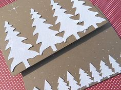 sprinkling glue and glitter is a great idea for Christmas cards