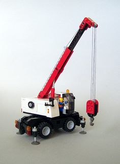 My second minifig scale small crane ; Lego Tractor, Lego Truck, Lego Cars Instructions, Lego Crane, Lego Wheels, Lego Machines, Lego City Sets, Lego Boards, Lego Builder
