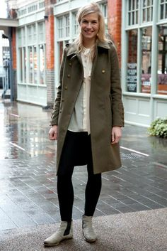 http://www.elleuk.com/var/elleuk/storage/images/style/street-style/chelsea-boots/chelsea-boots2/6708994-1-eng-GB/chelsea-boots.jpg