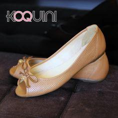 Bom dia Koquinas! Uma delícia de Quinta pra vocês #koquini #sapatilhas #euquero #peeptoe #raphaellabooz Compre Online: http://koqu.in/UopaKk
