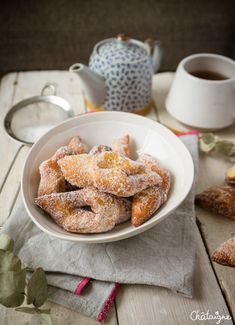 Bugnes moelleuses Beignets, Sugar Rush, Churros, Holiday Recipes, Smoothies, Sweet Treats, Cheesecake, Brunch, Food And Drink