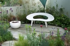 The Shell Bench by Urbis Design