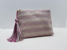Βεστιάριο με ελληνικές παραδοσιακές φορεσιές , κατασκευασμένες με μεράκι και άριστα υλικά.Κεντήματα και ύφανση σε παραδοσιακούς αργαλιούς. Bags, Fashion, Handbags, Moda, Fashion Styles, Fashion Illustrations, Bag, Totes, Hand Bags