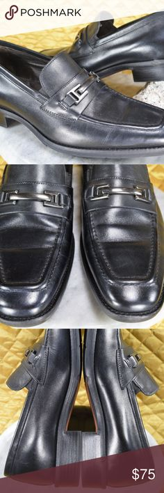 Johnston Murphy Black Horse Bit SHEEPSKIN Loafers This is a beautiful pair of Johnston & Murphy Horse Bit loafers crafted with black Italian Leather & a sheepskin lining in India.These are in excellent, like NEW condition! Features a Handsome apron-toe loafer featuring silver-tone bit hardware at vamp and lightly padded footbed.  See the photos provided!   **If you appreciate old school quality - you're in the right place. We usually ship within 1 business day! Thanks for visiting my Closet…