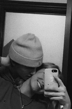 Cute Couples Photos, Cute Couple Pictures, Cute Couples Goals, Couple Pics, Teen Couples, Couple Goals Relationships, Relationship Goals Pictures, Boyfriend Goals, Future Boyfriend
