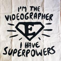 Fantastico regalo da parte di @aucadesign per il team @2b1yourweddingvideo  #shopper #gift #graphic #graphicdesign #video #videographer #videmakers #madeinitaly #abruzzo #italy #picoftheday #followme #jessicaballerini www.jessicaballerini.it