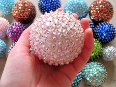 DIY Christmas Ornaments! All you need is a styrofoam ball, sequins ...