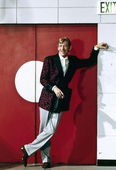 Peter O'Toole in My Favorite Year My Favorite Year, Peter O'toole, British Actors, Most Beautiful Man, Best Actor, Family Photos, Guys, Irish, Acting