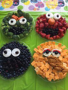 Sesame Street Fruit and Veggie Trays