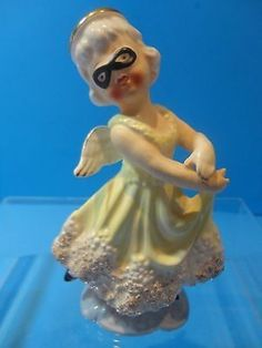 Very Rare Vintage CHASE Co. HALLOWEEN ANGEL Wearing a Mask Figurine. Japan.