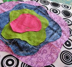 How to begin a French rose quilt. Shows quilt in process. LIKE!