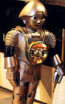 Talk about phoning it in. What a lame robot. Twiki from the equally lame Buck Rogers in the 25th Century. I actually paid to see that in the theater. Erin Grey had more to do with that than Twiki.