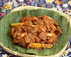 Opor Daging Pekan (Beef Curry) - Malaysia