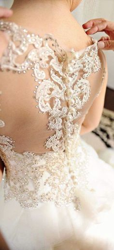 Wedding dress idea; Featured Photographer: Studio Tran