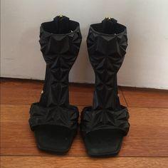 BLACK GIANMARCO LORENZI STILETTOS SIZE 6   GEOMETRICAL T STRAP HEELS   SUPER COMFORTABLE GIANMARCO LORENZI Shoes Heels