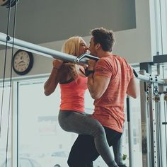 For couple Friday with @cathbastien and @marc_fitt #fitcouples #fitcouple #relationshipgoals #workout #fitlife