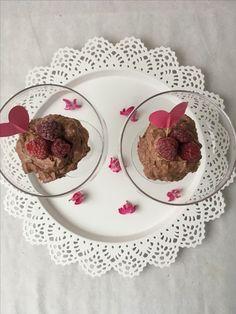 Resepti: maidoton ja gluteeniton suklaa-vadelmamousse.  Recipe: raspberry-chocolate mousse (gluten and dairy free)