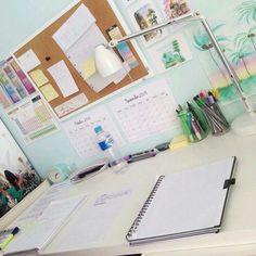 Imagen de school, study, and desk