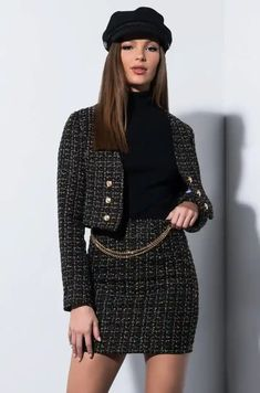 Classy Outfits, Stylish Outfits, Cool Outfits, Black Skirt Outfits, Estilo Preppy, Ladylike Style, Tweed Mini Skirt, Girl Fashion, Fashion Outfits