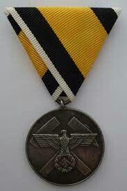 Reichsgrubenwehr-Ehrenzeichen 1936 Military Signs, Sexy High Heels, Ww2, Awards, Coin Purse, Germany, Purses, Merit Badge, Handbags