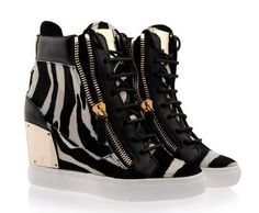 Giuseppe Zanotti 8 via american fashion store. Click on the image to see more!