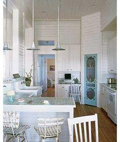 love that screen door for a pantry door....