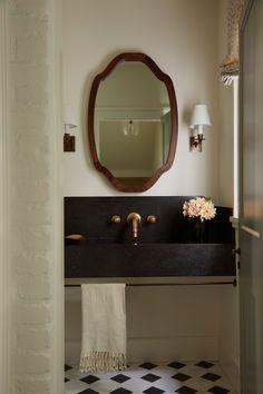 Diy Bathroom Decor, Bathroom Interior Design, Home Interior, Bathroom Ideas, Santa Monica Houses, Bespoke, Romantic Home Decor, Cheap Home Decor, Wall Design